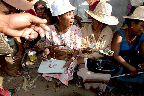 Trading sapphire in Ilakaka