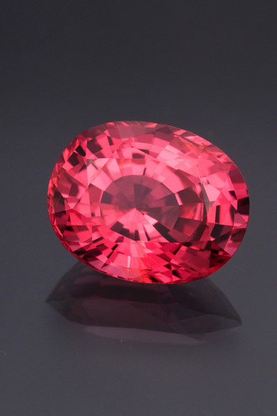 Fine Vietnamese red spinel. Stone courtesy of Pala International. Photo: Wimon Manorotkul.