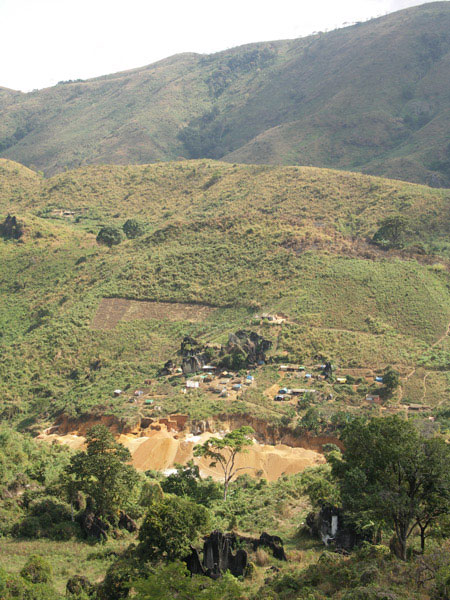 View over the Ipanko spinel mines near Mahenge, Tanzania and the exact location where the giant spinel crystals were found in August 2007.