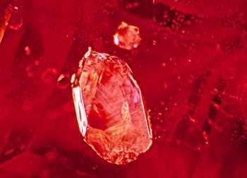 Burma ruby, Mogok, ruby, sapphire, corundum, gems, gemology